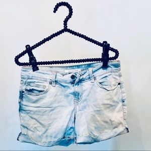 Sale item! 3/$20🕺🏻 Eunina cut off shorts size 5